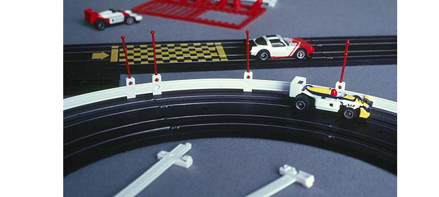 Car-Racing-Game-Barrier-Image-1
